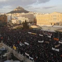 Κατάλυση δημοκρατίας… Ο λαός ψάχνει μη-βίαιες διεξόδους