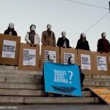 Φωτογραφίες από τους Αόρατους στο Σύνταγμα για τους πρόσφυγες
