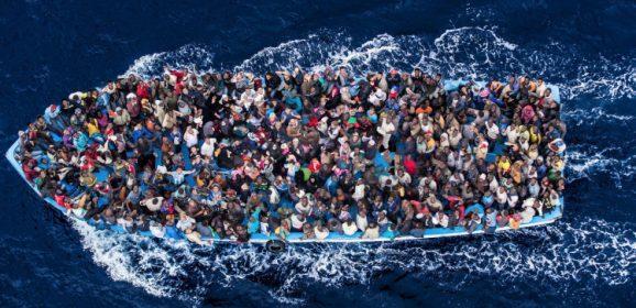 Προσφυγικό: ποιοι είναι οι πραγματικοί «ωφελούμενοι»;